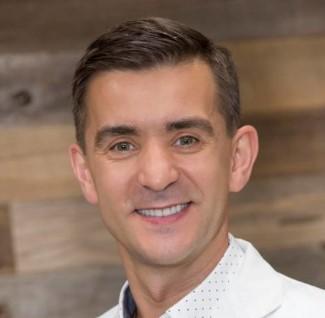 Cornel-Crasnean-dentist