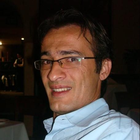 Ayman-Zraiqat-dentist