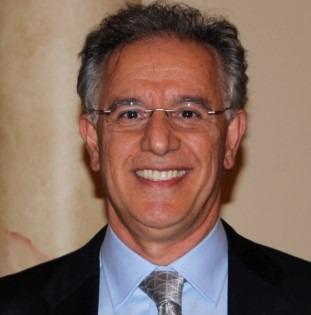 Al-Manesh-dentist