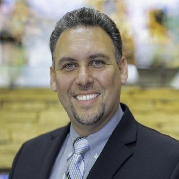 Carlos-Parajon-dentist