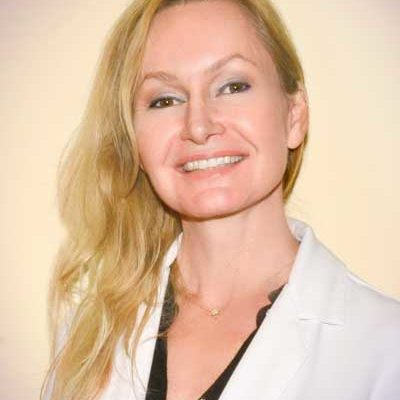 Katalin-Janosi-Fair-dentist