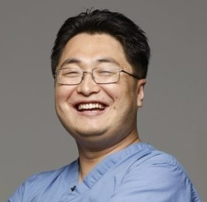 Seung-Baek-dentist