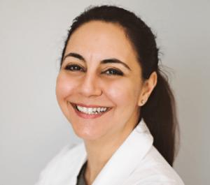 Arezoo-Nasiry-dentist