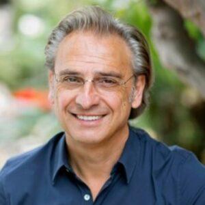 Dimitri-Bizoumis-dentist