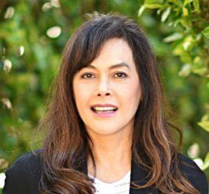 Jeanette-Thai-dentist-1