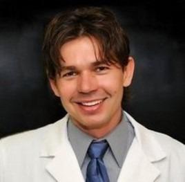 Lukasz-Gorski-dentist