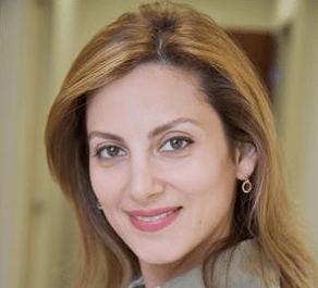 Naghmeh-Navizadeh-dentist