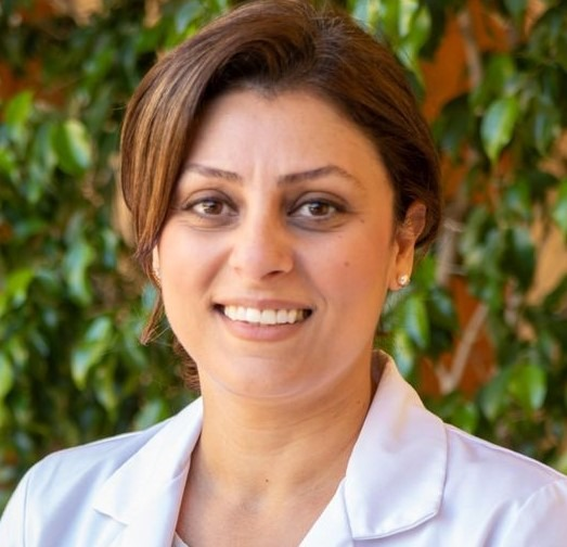 Sanaz-Yousefi-dentist