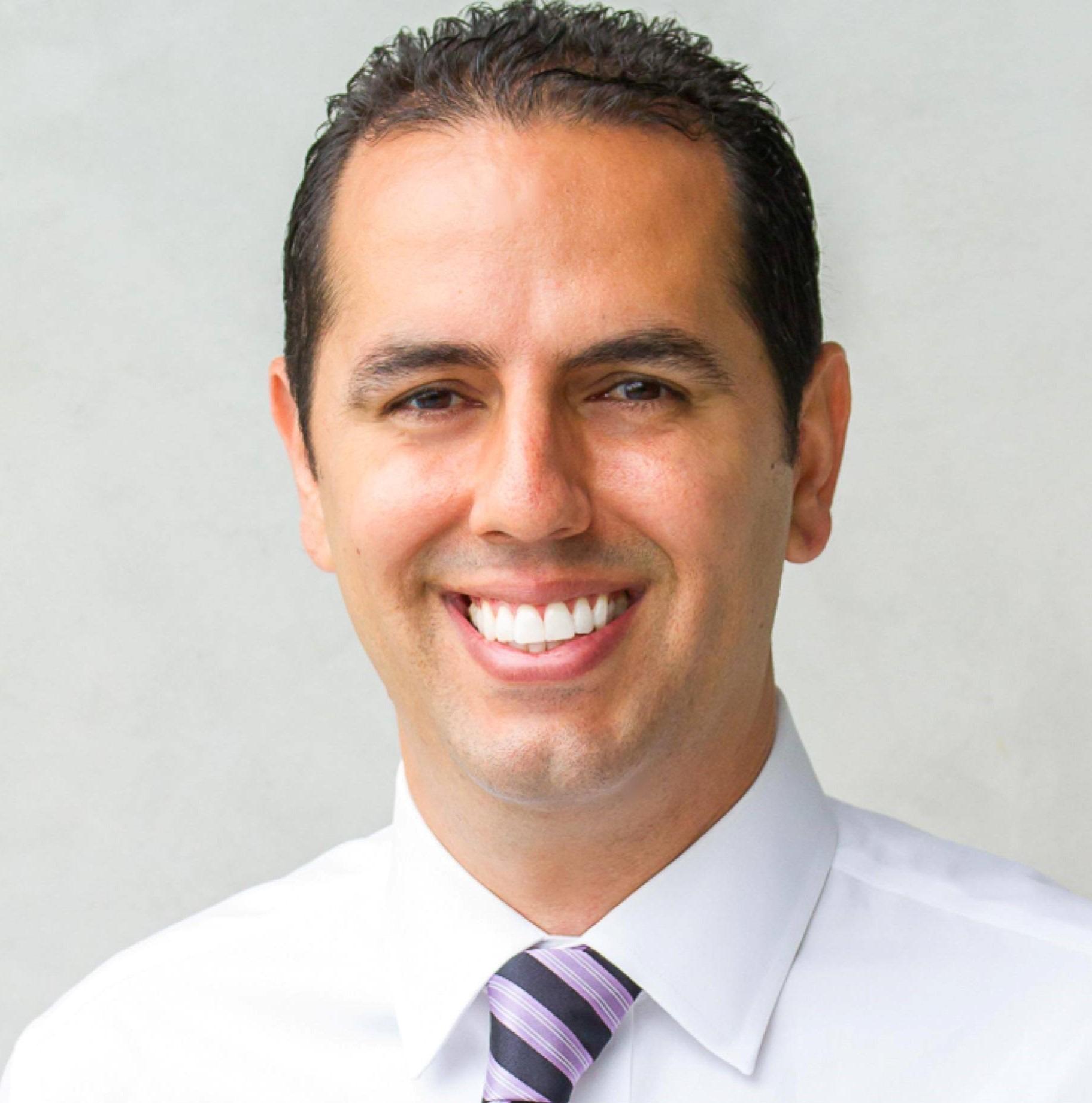 Yosi-Behroozan-dentist