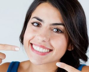 Smile-Makeover-dentist