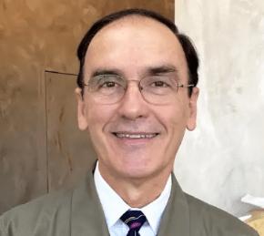 Alexander-Villar-dentist