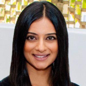 Chandni-Jogani-dentist