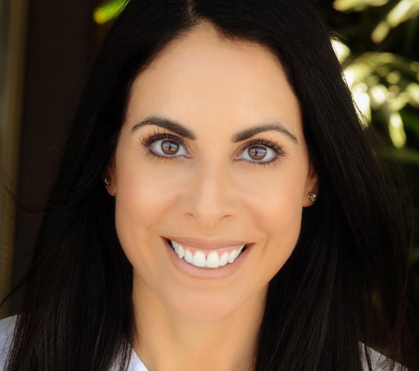 Laura-Manuel-dentist