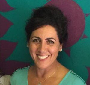 Naghmeh-Yadegar-dentist