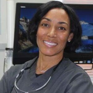 Nicole-Tucker-dentist
