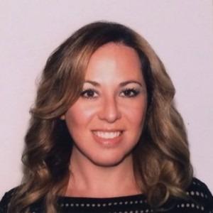 Mariya-Piltser-dentist