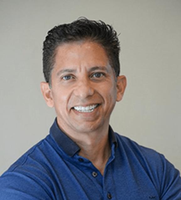 Ricardo-Hernandez-dentist