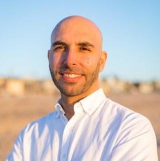 Amir-Sanjabi-dentist