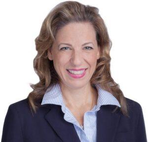 Diana-Zschaschel-dentist-1