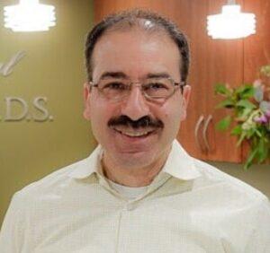 Elias-Qare-dentist