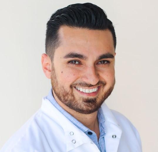 Hamid-Barkhordar-dentist