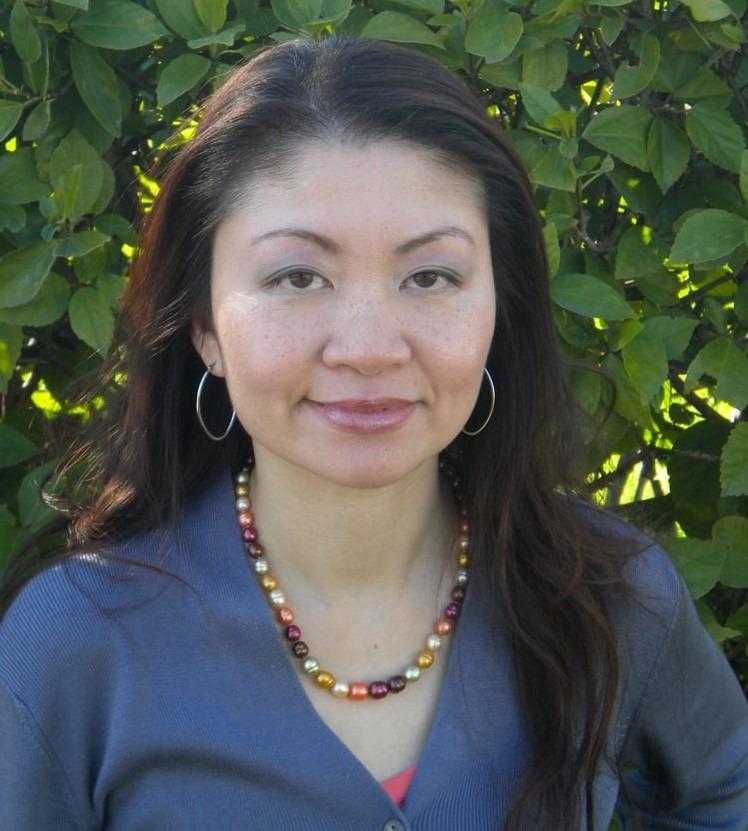 Lucia-Yau-dentist
