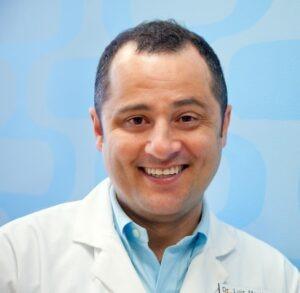Luis-Martines-dentist