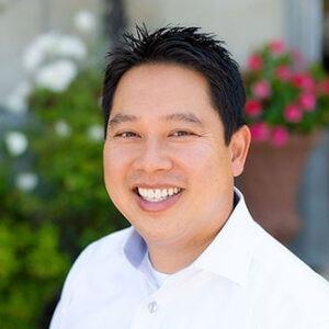Paul-Upatham-dentist