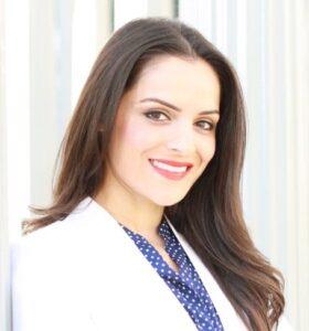 Sahar-Shafi-dentist