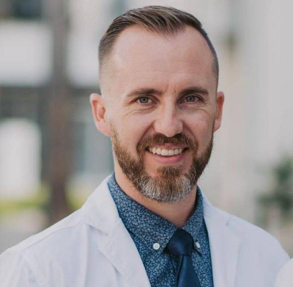 Dustin-Dodds-dentist
