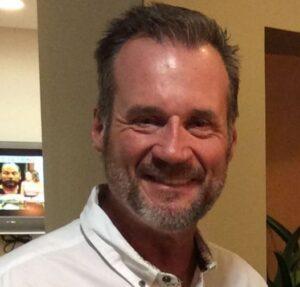 Michael-Lyons-dentist