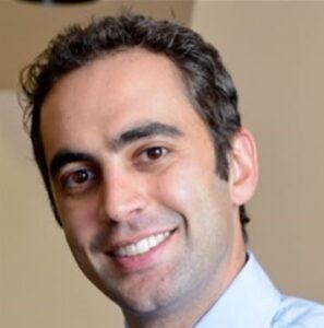 Amir-Davoody-dentist
