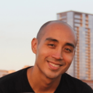 Adrian-Bernal-dentist