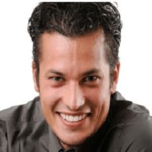 Arnau-Aparicio-Altuna-dentist