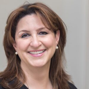 Leslie-Farias-dentist