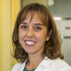 Luciana-Molinari-dentist