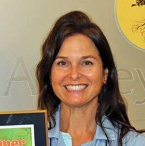 Ashley-Lloyd-dentist