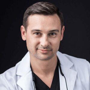 Andriy-Krayniy-dentist
