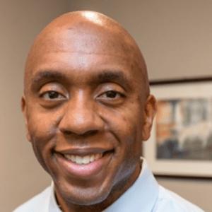 Elochukwu-Adibe-dentist