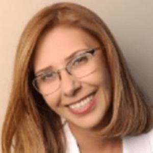 Fariba-Sharifan-dentist