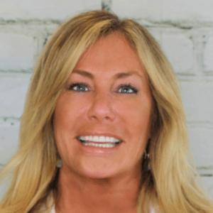 Jacqueline-Fulop-Goodling-dentist