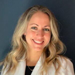 Liany-Farinas-Han-dentist
