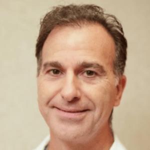 Ezra-Moche-dentist