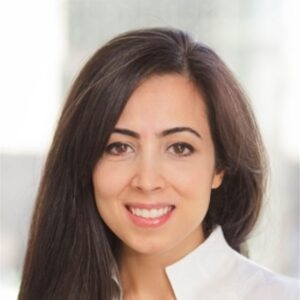 Farideh-Kia-dentist