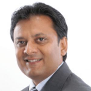 Manish-Ladani-dentist