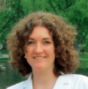 Anca-Andronesi-dentist
