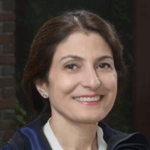 Nazila-Bidabadi-dentist