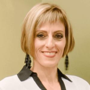Claudia-Minadeo-Fox-dentist