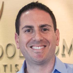 Jordan-Pelchovitz-dentist