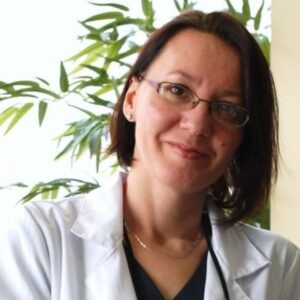 Iva-Todorova-arnaudova-dentist